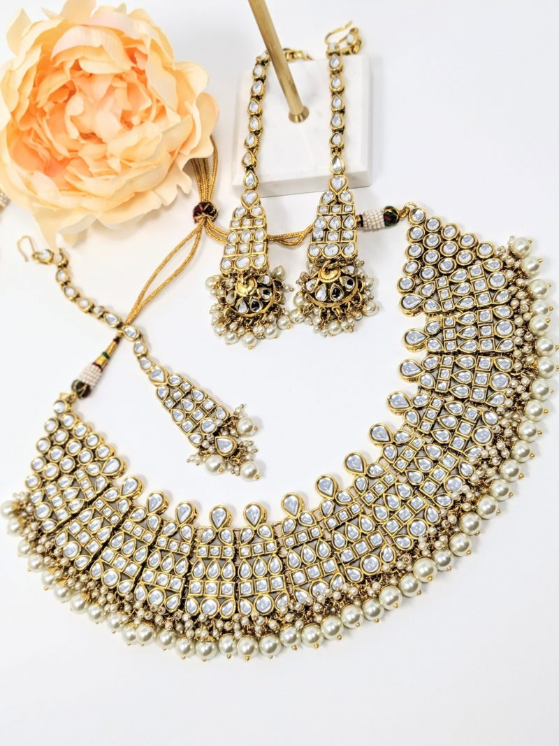 Golden Pratima Kundan Necklace Set - East Boutique