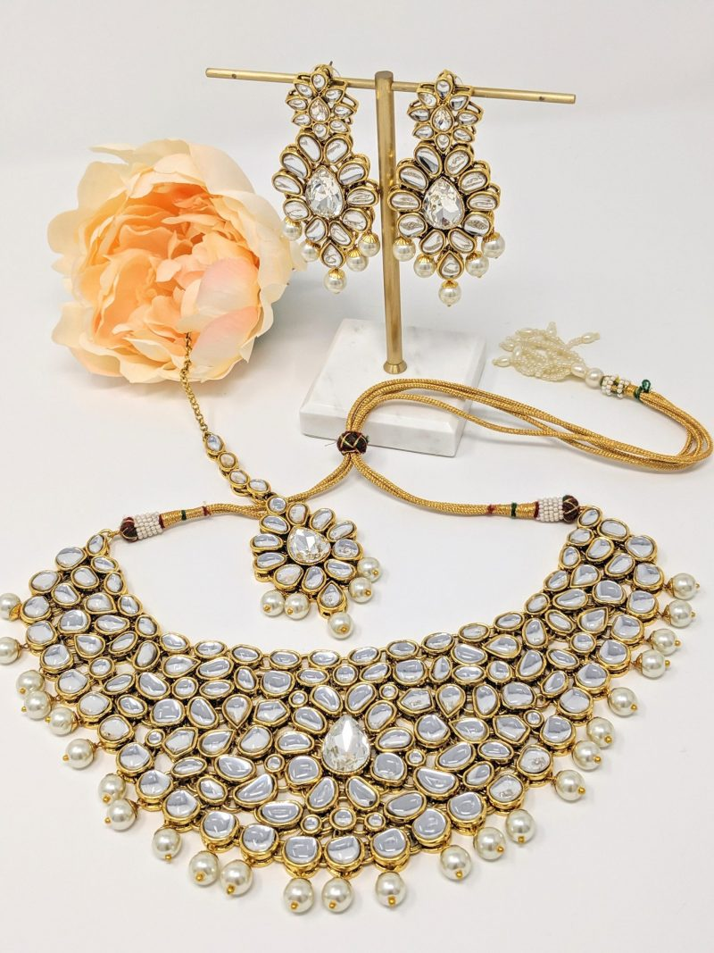 Golden Kundani Necklace Set - East Boutique